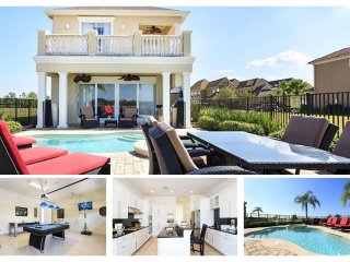 5 Bedroom 4.5 bath with water views, private pool and games room - Reunion vacation rentals