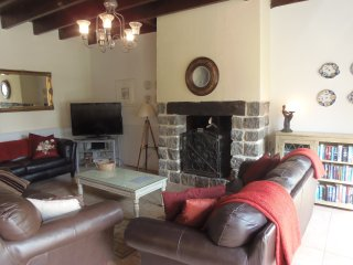 Charming 5 bedroom House in Epiniac with Television - Epiniac vacation rentals