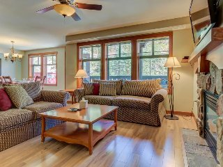 Convenient ski-in/out access, access to Club Solitude w/ shared pool, hot tub! - Solitude vacation rentals