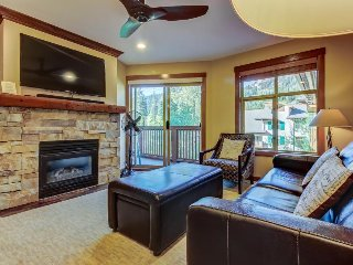 Sleek ski-in/out condo w/ Club Solitude access & shared hot tub, pool & more! - Solitude vacation rentals