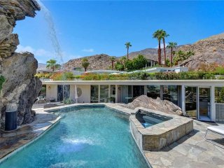 The Hanging Rock Estate - Palm Springs vacation rentals