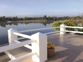 Gorgeous house on the lake of San Gil Golf Club - San Juan del Rio vacation rentals