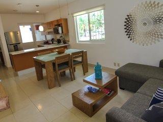 BEAUTIFUL GROUND FLOOR APARTMENT - Playa del Carmen vacation rentals