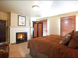Slope & Village Views - On the Shuttle Route (25036) - Park City vacation rentals