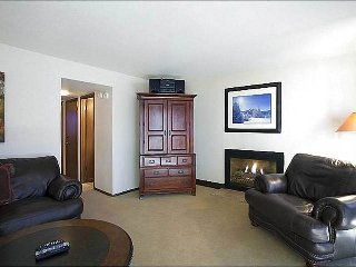 Beautifully Upgraded Condo with Loft - Located on Park Meadows Country Club (25328) - Park City vacation rentals
