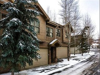 Located in a Quiet Complex in Park City - Private Hot Tub (25353) - Park City vacation rentals