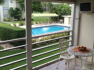 Pool Front, Golf Course View- Close to Beach! - Boca Raton vacation rentals