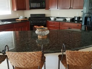 Sunny and large house in quiet  community - North Las Vegas vacation rentals