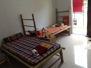 CozyBed Stay2NFree1N=QuietArea+LakeView+1kmAirport - Ubon Ratchathani vacation rentals