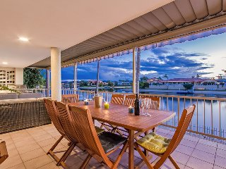 Salt Air House on Canal min's walk to Beach - Mermaid Waters vacation rentals