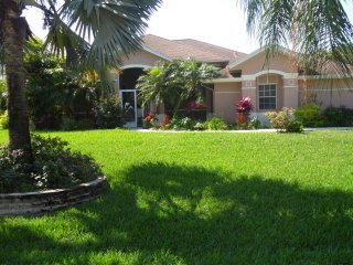 Nice Bungalow with Internet Access and A/C - Lehigh Acres vacation rentals