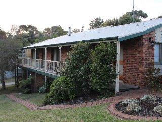 Bright 5 bedroom House in Wallington - Wallington vacation rentals