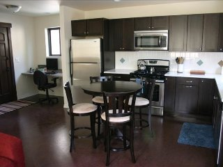 Walk to Everything, Clean and Modern! Just Minutes to Downtown! - Bend vacation rentals