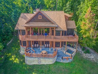 Five Bears Mountain View Lodge - Sevierville vacation rentals