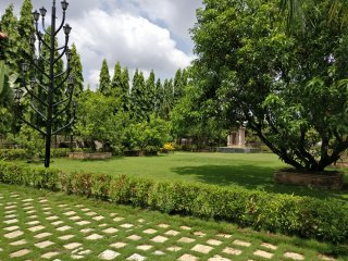Pushp Vatika Party Lawn & 14 Rooms - Navi Mumbai vacation rentals