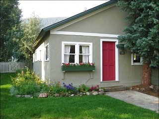 Cute, Remodeled Home - Great Downtown Location (1383) - Crested Butte vacation rentals