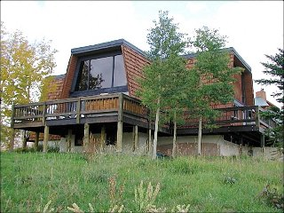 Spacious, Pet-Friendly Home - Rustic Furnishings & Finishes (1390) - Crested Butte vacation rentals