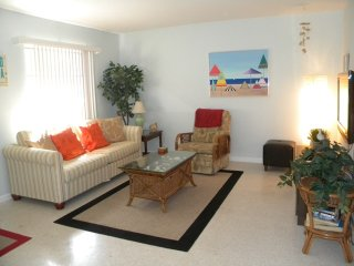 Sanibel Shores #A2 Quaint Cottage - Short Bike Ride to Beach - Sanibel Island vacation rentals