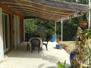 La Camargue et la Provence: 4 personnes - Bellegarde vacation rentals