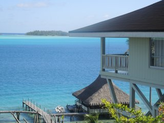 GORGEOUS LAGOONFRONT VILLA IN BORA BORA - Bora Bora vacation rentals