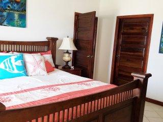 Oceanfront Escape just $95 per night (off peak) - San Pedro vacation rentals