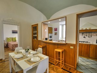 3 bedroom House with Internet Access in Napoli - Napoli vacation rentals