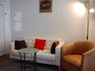 2 blocks from Times Square 1br Apartment for 4 ppl - New York City vacation rentals
