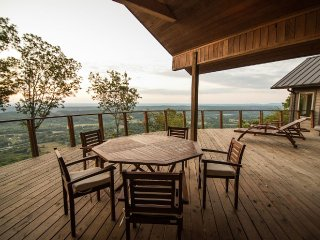 Modern Home on The Brow of Lookout Mountain - Chattanooga vacation rentals