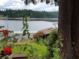 Charming 2 bedroom Olympia House with Television - Olympia vacation rentals