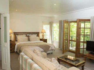 Valley Guest House - Villa D'Este - Yarra Glen vacation rentals