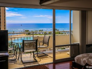 Ilikai Suites 1118 Ocean / Lagoon / Fireworks Views King Bed, Sofa Bed - Honolulu vacation rentals