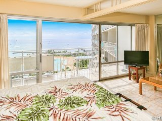 Ilikai 1612 Ocean / Lagoon / Fireworks Views King Bed, Sofa Bed - Honolulu vacation rentals