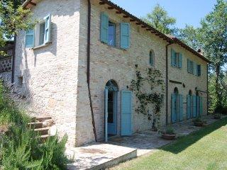 Casa Poggio - serene stone farmhouse, Lazio, Italy - Poggio Mirteto vacation rentals