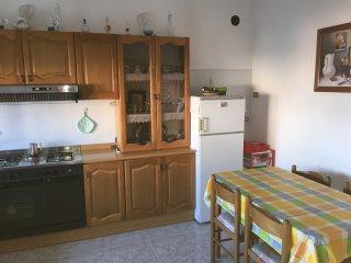 2 bedroom Apartment with Parking in Roseto Capo Spulico - Roseto Capo Spulico vacation rentals