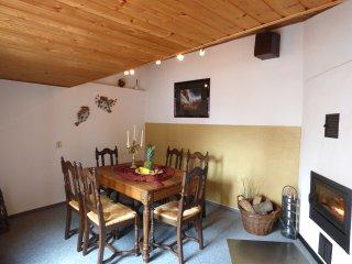 Relaxen im urigen Fachwerkhaus - Wershofen vacation rentals