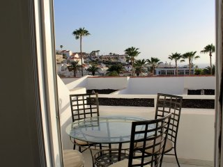 Lovely Condo with Internet Access and Television - San Eugenio vacation rentals