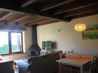 Cozy 3 bedroom Bolvir House with Television - Bolvir vacation rentals