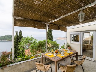 Apartment Golden Creek - Two-Bedroom Apartment with Terrace and Sea View - Ploce vacation rentals