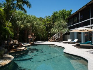 New! Tropical Garden and Heated Pool - Anna Maria vacation rentals