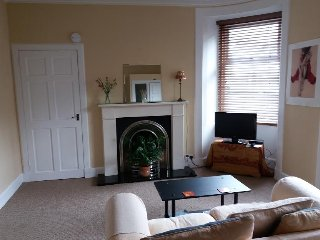 Bright Condo with Television and Satellite Or Cable TV - Troon vacation rentals
