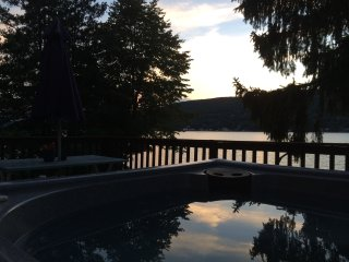 Lakehouse with Stunning Views 1 hour from NYC!! - Greenwood Lake vacation rentals