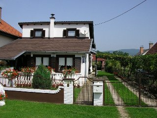 2 bedroom Bed and Breakfast with Internet Access in Nova Gradiska - Nova Gradiska vacation rentals
