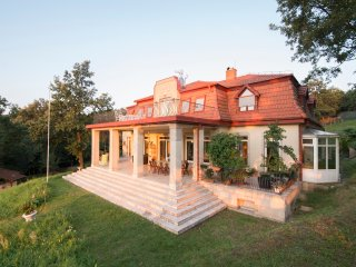 Classic house 50km from Budapest - Nagymaros vacation rentals