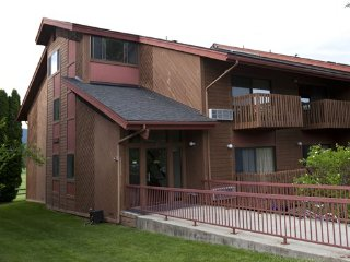 Nice Resort with Shared Indoor Pool and Satellite Or Cable TV - Blanchard vacation rentals