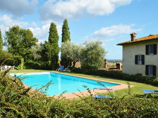 Convenient Villa with Television and Parking - Capannori vacation rentals