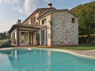 Bright Villa with Internet Access and Television - Capezzano Pianore vacation rentals