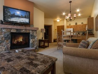 Expedition Station 8563 - Walk to gondola, pool and hot tub on site! - Keystone vacation rentals