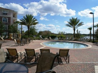 3-Bedroom Condo with Community Pool & Spa - Orlando vacation rentals
