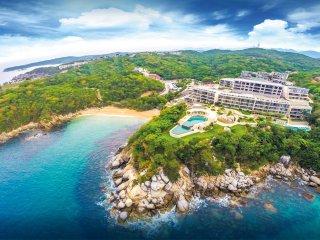 Oceanfront, Amenities & Steps to the Pool - Santa Cruz Huatulco vacation rentals