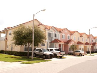 4-Bedroom Townhome with Community Pool - Kissimmee vacation rentals